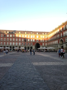 The Plaza Mayor as it starts to get dark... around 10pm!