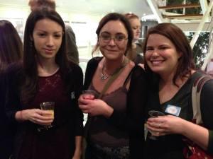 @MiaHoddell, @jessikart and moi enjoying refreshing beverages.